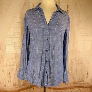 Jessica Simpson blouse size M. #K90